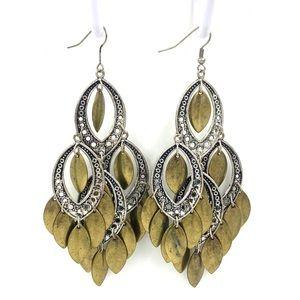 Chandelier earrings metal